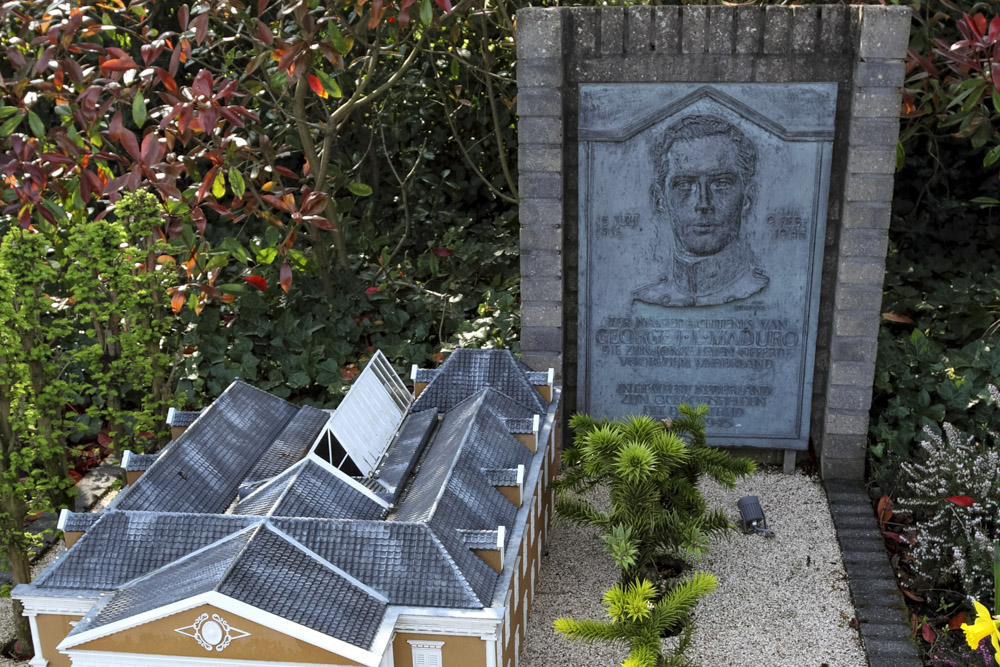 Monument George Maduro In Madurodam