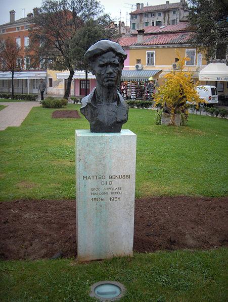 Bust Matteo Benussi