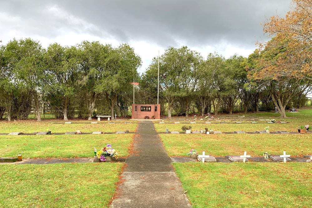 Oorlogsgraven van het Gemenebest Tuakau Public Cemetery
