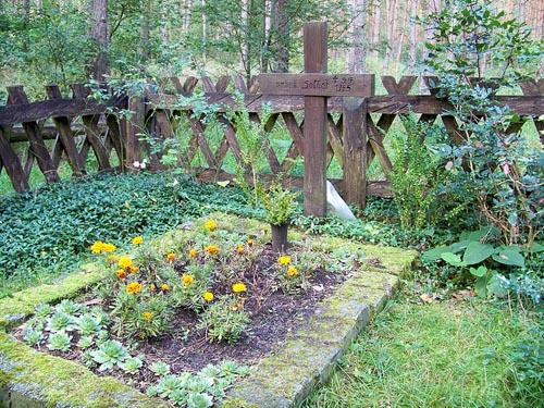 Field Grave German Soldier Battaune