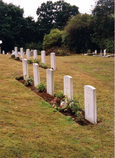 Commonwealth War Graves Rayleigh Cemetery