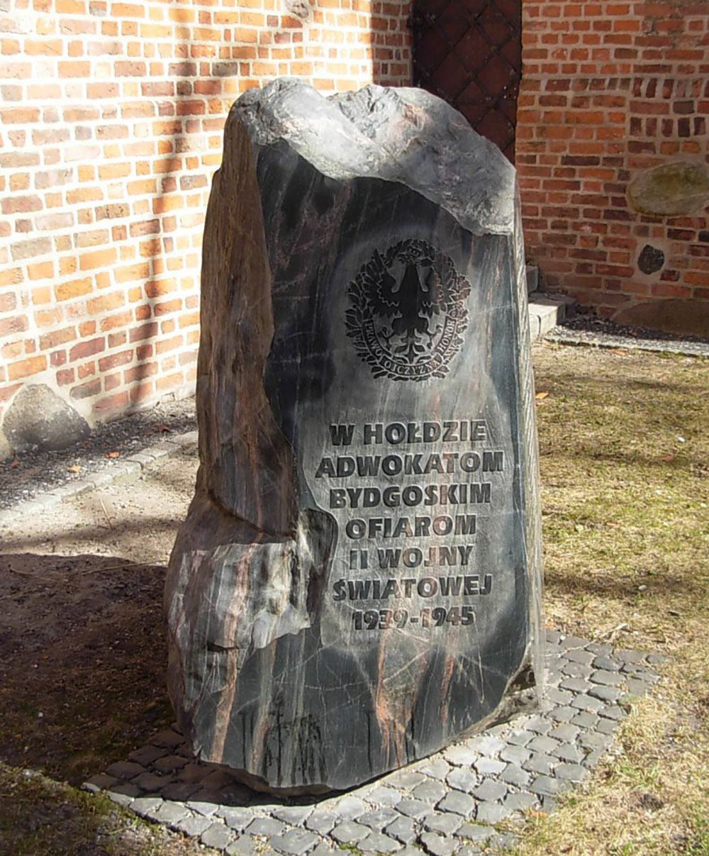 Memorial Stone Murdered Lawyers 1939-1945