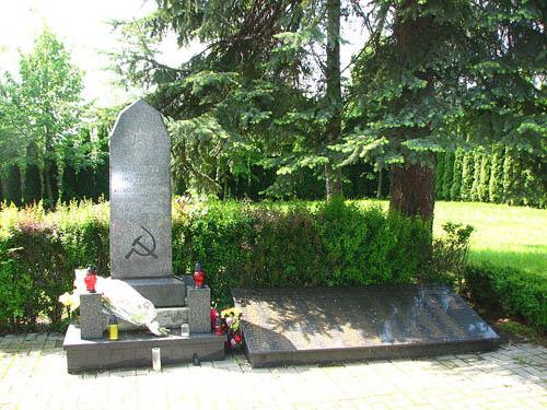 Monument Omgekomen Sovjet Soldaten Cieszyn