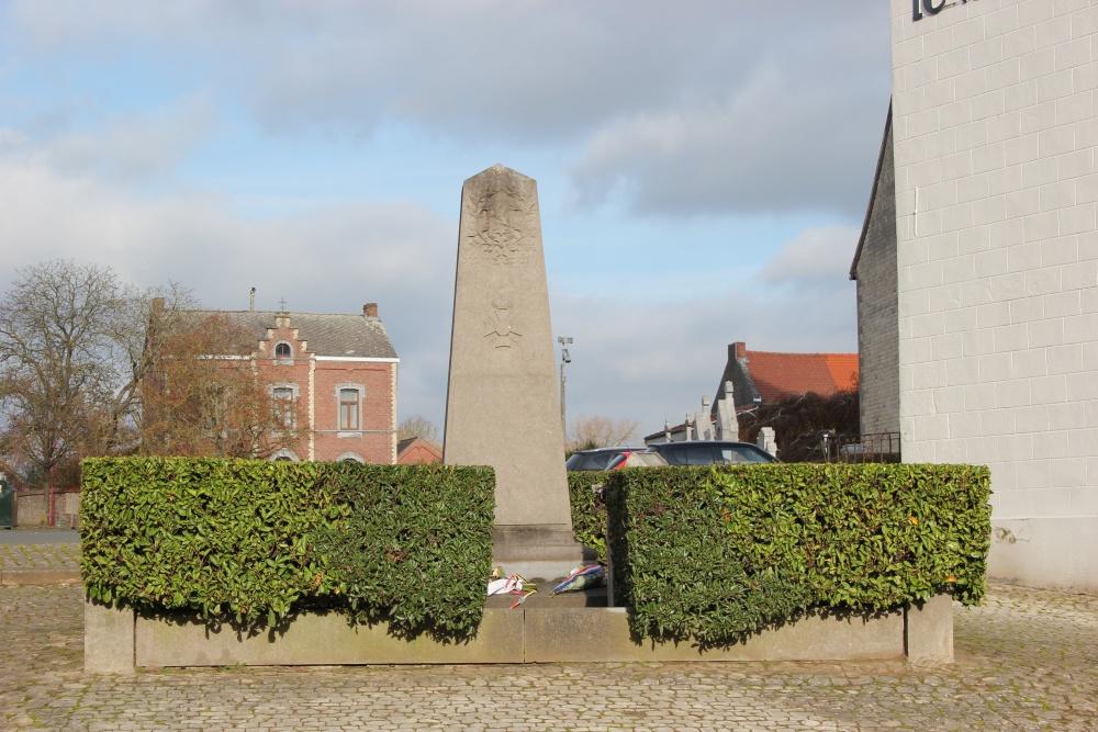 War Memorial Vieux-Genappe