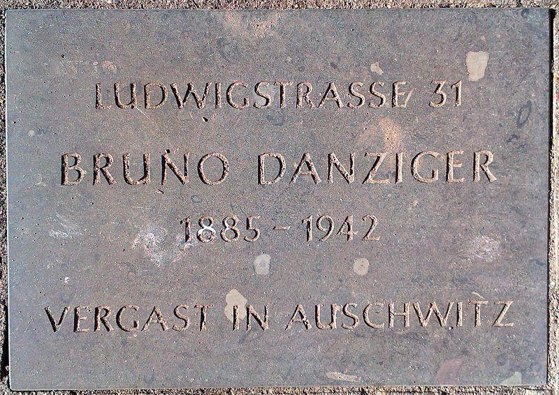 Gedenkstenen Ludwigstraße 31
