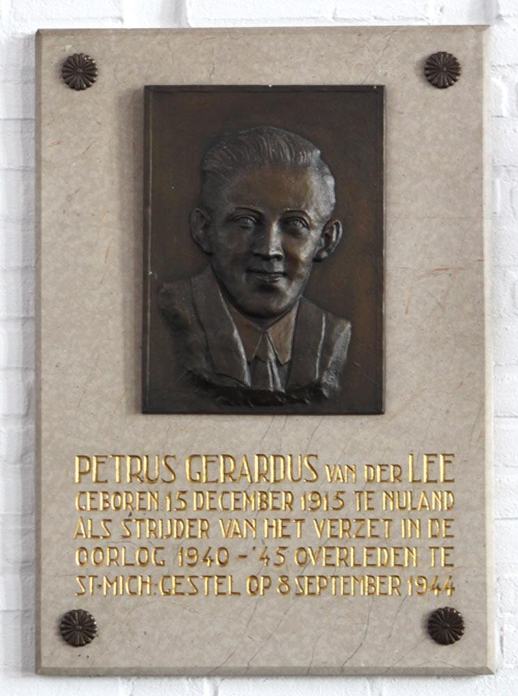 Plaque Petrus Gerardus van der Lee - Vinkel - TracesOfWar.com