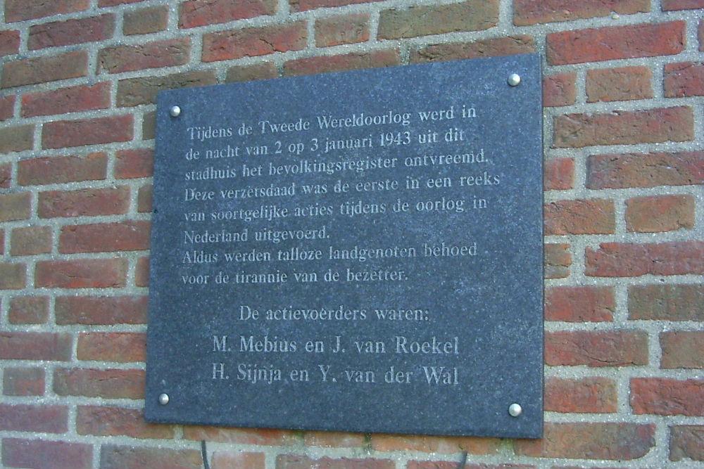 Plaquettes Bevolkingsregister op Stadhuis Wageningen