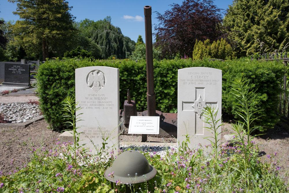Oorlogsgraven van het Gemenebest Algemene Begraafplaats Diepenheim