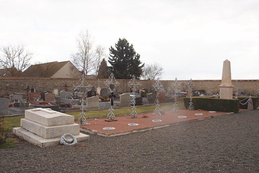 French War graves Yèvre-la-Ville
