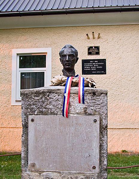 Buste Ferdo Čulinovié