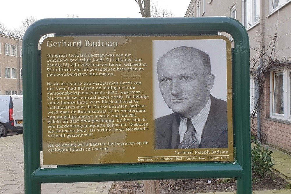 Herdenkingsborden Slotermeer Badrianhof