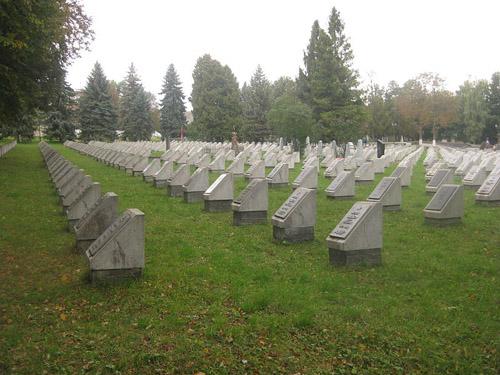 Khmelnytskyi Soviet War Cemetery