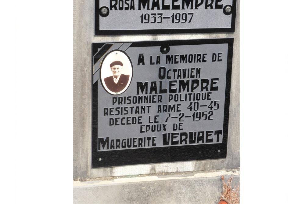 Graf Weerstander Gemeentelijke Begraafplaats Villance