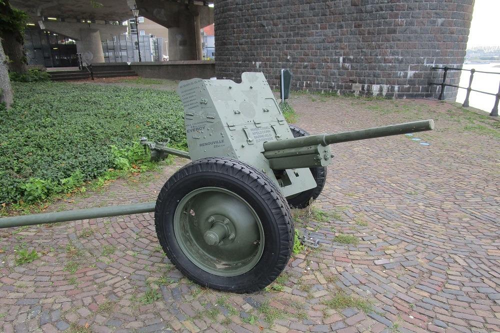 PAK-36 Gun Deventer