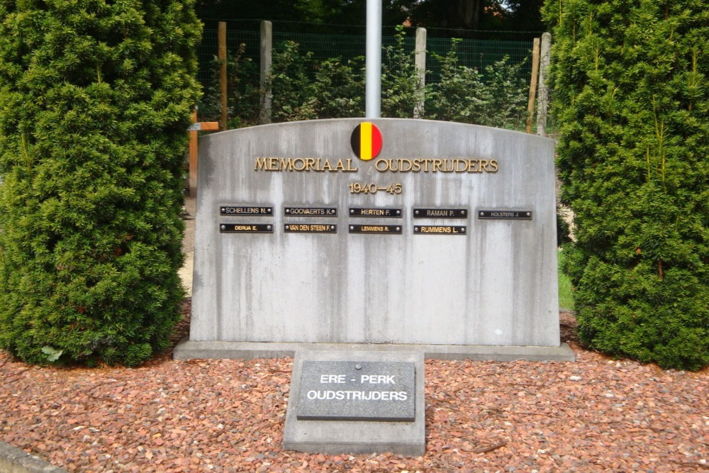 Monument en Ereperk Oudstrijders Schiplaken