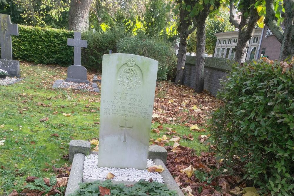 Commonwealth War Grave Roman Catholic Cemetery Oud-Empel