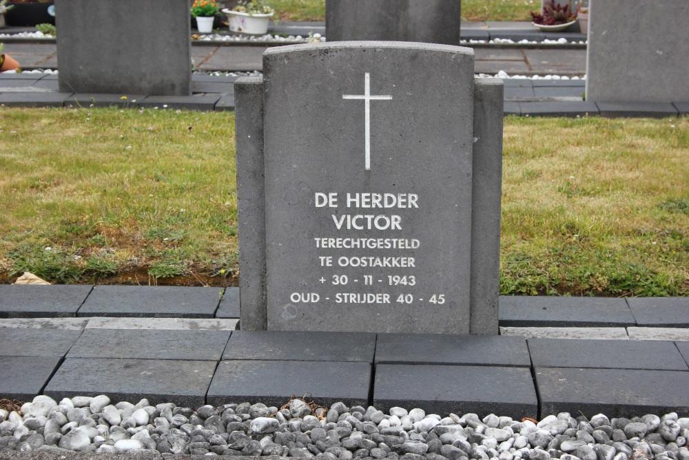 Grave Executed Resistance Fighter Denderwindeke