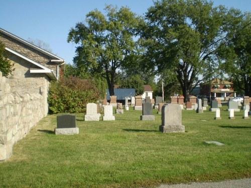 Commonwealth War Grave Barton Stone United Church Cemetery