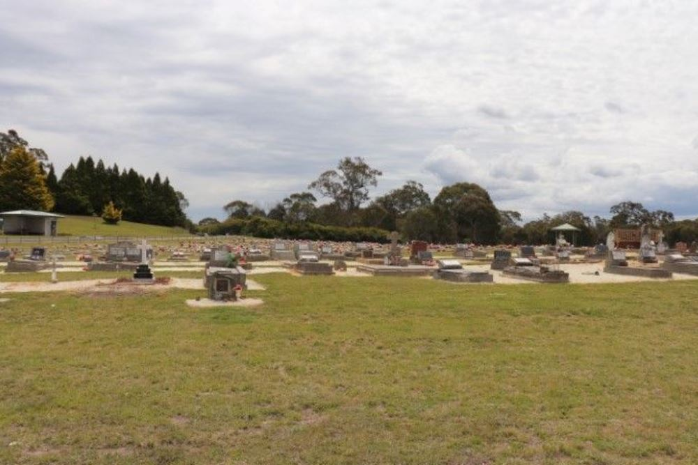 Commonwealth War Graves Guyra Cemetery