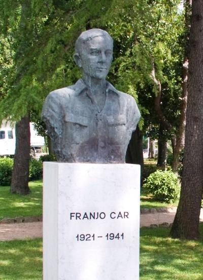 Buste Franjo Car