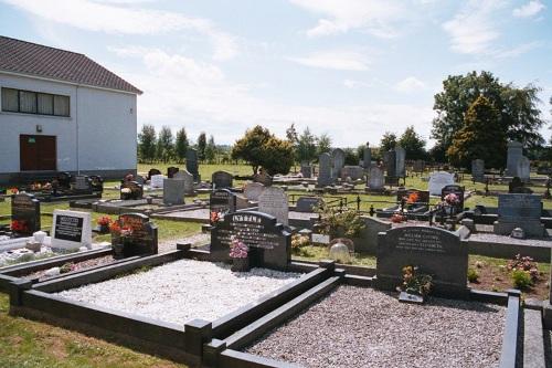 Oorlogsgraf van het Gemenebest Maze Presbyterian Churchyard