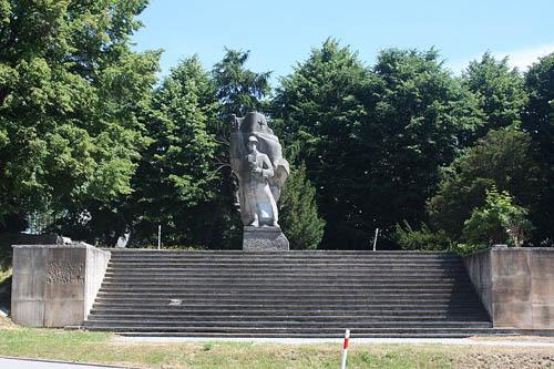 Sovjet Oorlogsbegraafplaats Żukowo