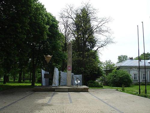 Monument 2e Onafhankelijke Tsjechoslowaakse Parachute-brigade