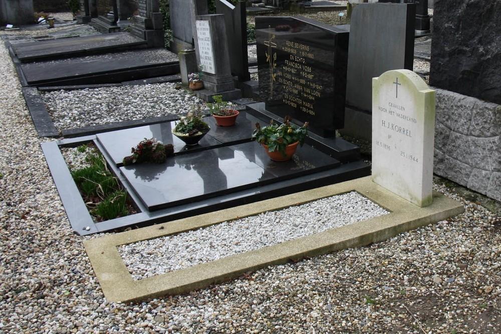 Nederlands Oorlogsgraf Rooms Katholieke Begraafplaats Echt