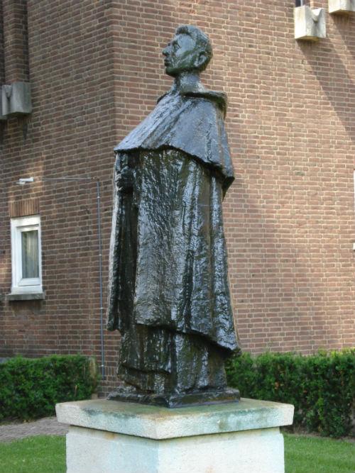 Monument Titus Brandsma Oss