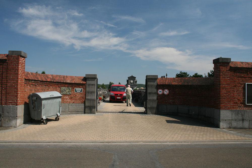 Gemeentelijke Begraafplaats Jemeppe-sur-Sambre