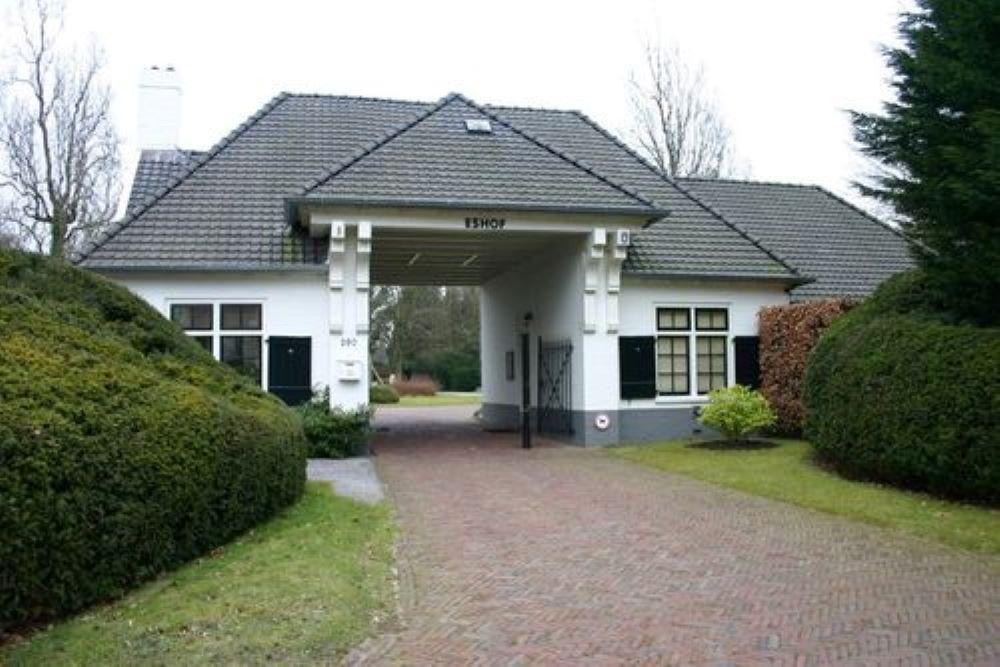Nederlandse Oorlogsgraven Gemeentelijke Begraafplaats Eshof
