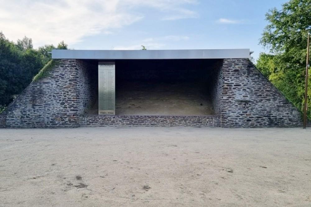 Voormalige Executieplaats La Butte de la Maltière