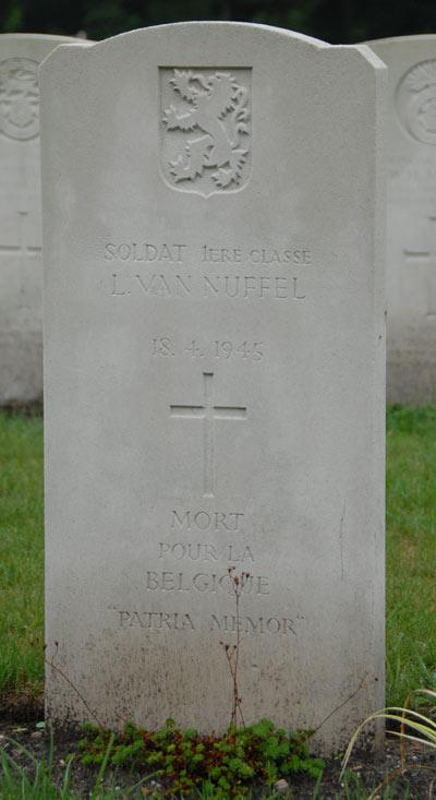 Belgische Oorlogsgraven Oorlogsbegraafplaats Jonkerbos