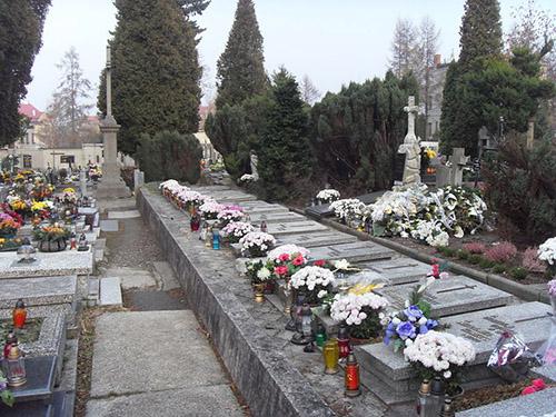 Graven Poolse Oorlogsveteranen Begraafplaats ul. Grunwaldzka