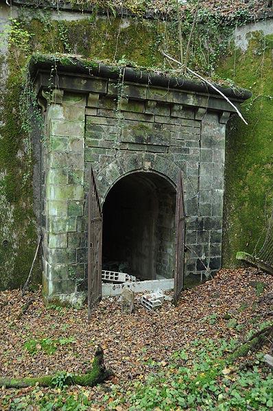 Abri-caverne de Dorans