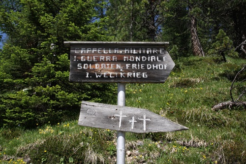 Duits-Oostenrijkse Oorlogsbegraafplaats Valparola