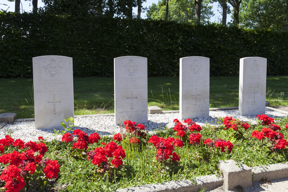 Commonwealth War Graves Protestant Cemetery Ootmarsum