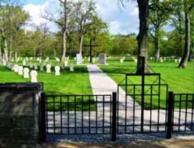 Duitse Oorlogsbegraafplaats Ahrensburg / Kuressaare