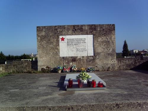 Massagraf Sovjet Soldaten Slavonski Brod