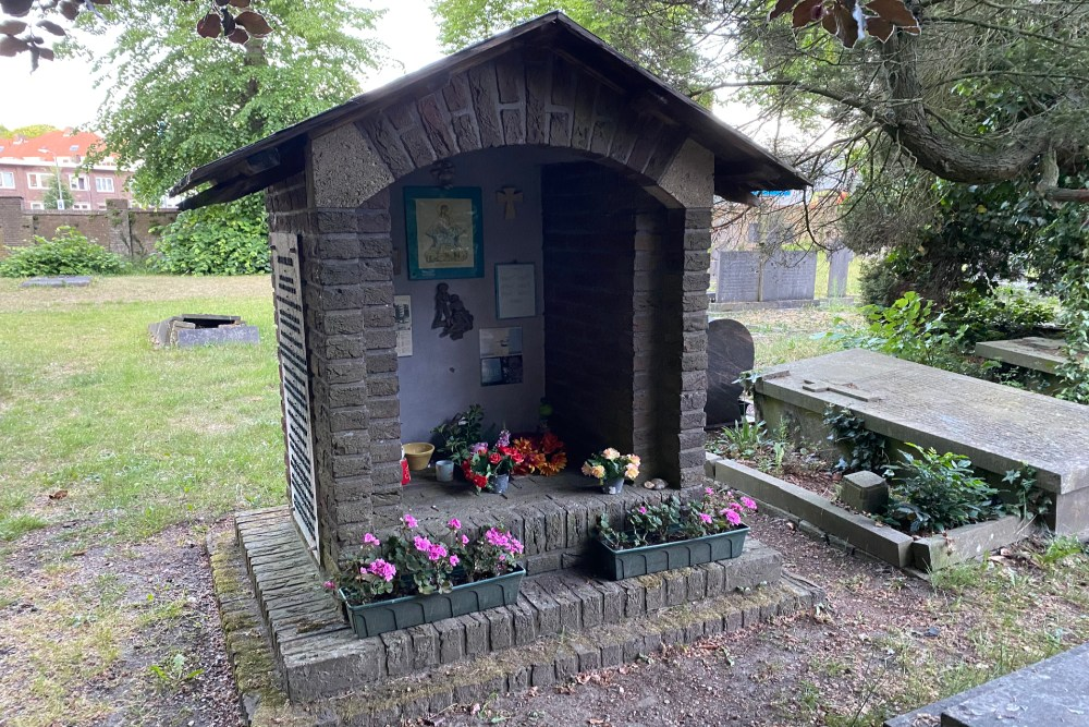 Memorial Bombing Victims St.-Louis Monastery