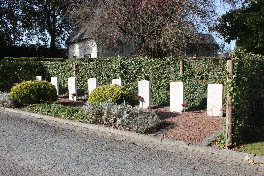 Oorlogsgraven van het Gemenebest Nieuwe Gemeentelijke Begraafplaats Lessines