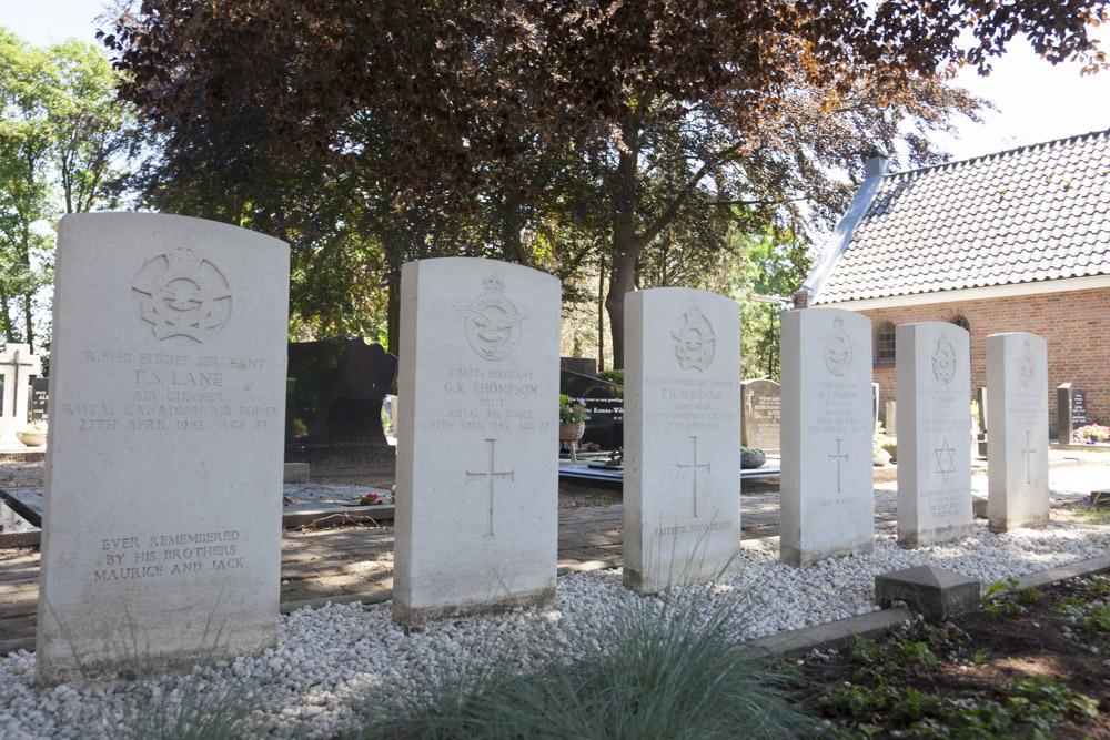Oorlogsgraven van het Gemenebest Rooms Katholieke Kerkhof Bornerbroek