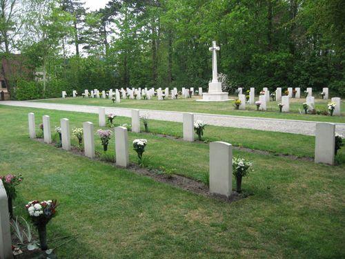 Oorlogsgraven van het Gemenebest West-Terschelling
