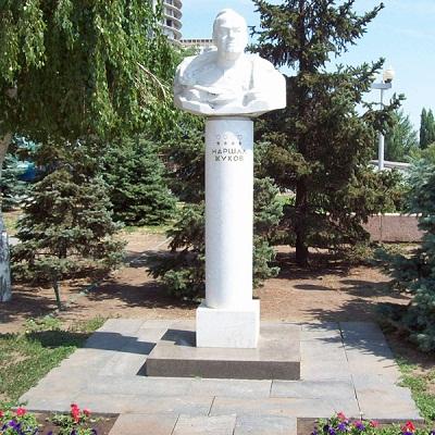 Monument Maarschalk van de Sovjet-Unie Georgi Zjoekov
