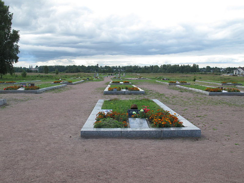 Sovjet Oorlogsbegraafplaats