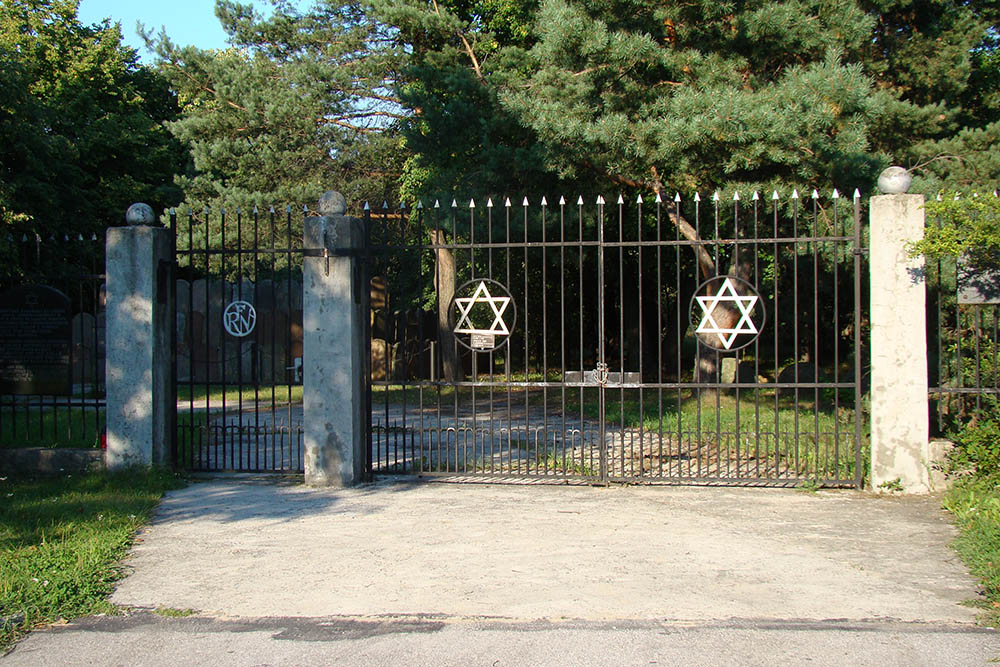 Jewish Cemetery Kielce