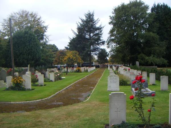 Oorlogsgraven van het Gemenebest Beachley Military Cemetery