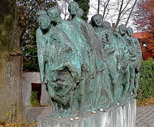 Monument Dodenmars Krailling