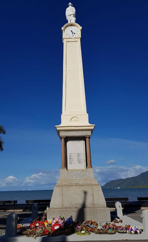 Oorlogsmonument Cairns