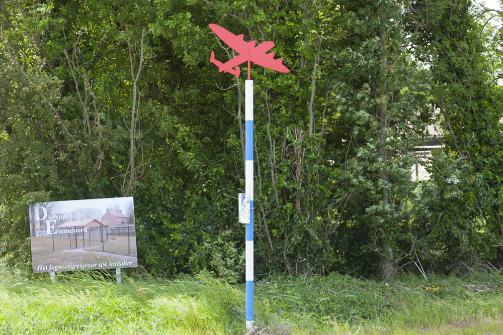 Crash Location P-47D Thunderbolt 42-76372 Emmeloord